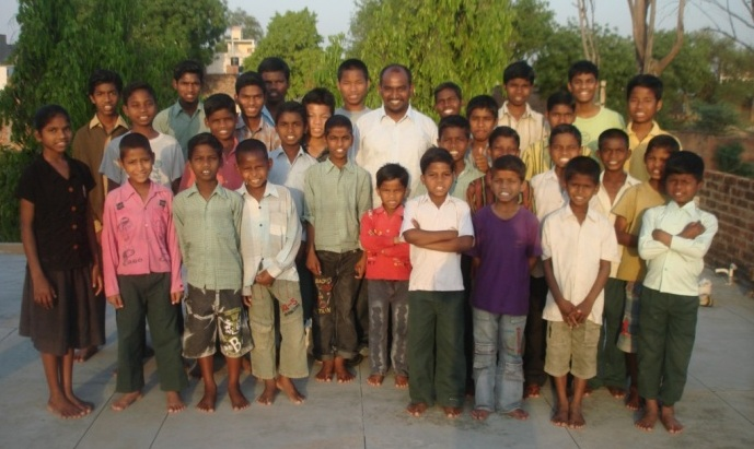 Children in Bala Sundaram's care during Peter's visit April, 2012.  Peter is in the middle with a white shirt.