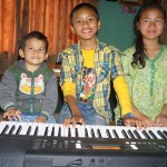 Children home with keyboard
